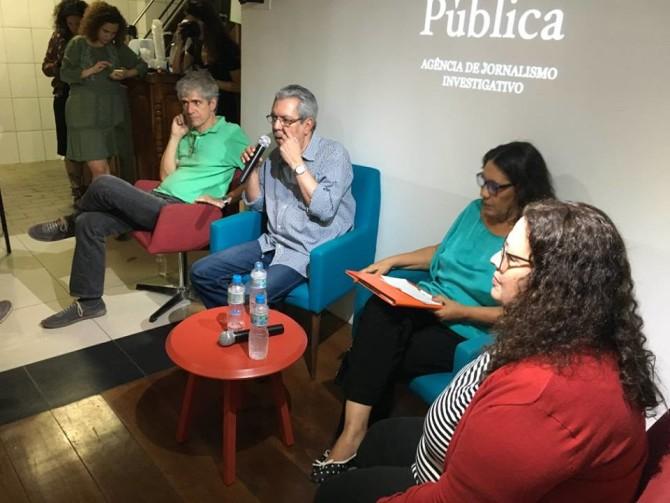 Da esquerda para direita: Mauricio Stycer, Ricardo Melo, Tereza Cruvinel e Marina Amaral. Foto: Casa Pública.