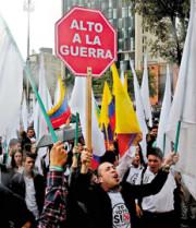 Estudantes durante a campanha pelo SIM em Bogotá (Foto: EFE/Página/12)